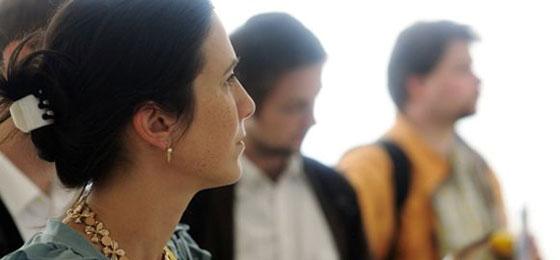 Cette image montre des chercheurs qui discutent. ©Mauro Mellone