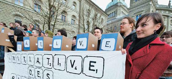 l'initiative sur les bourses d'études de l'Union des étudiant-e-s de Suisse © Keystone/Marcel Bieri