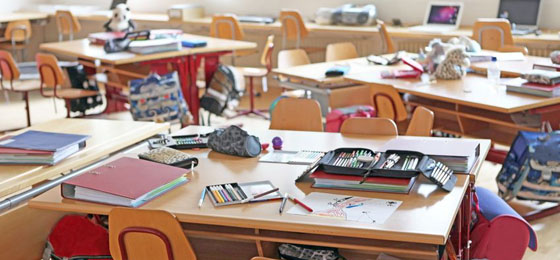 This picture shows a schoolroom. © Fotolia