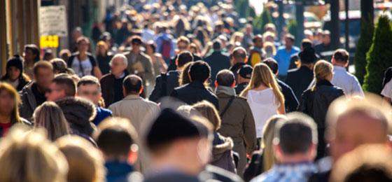 Eine anonyme Menschenmenge in New York. © Fotolia